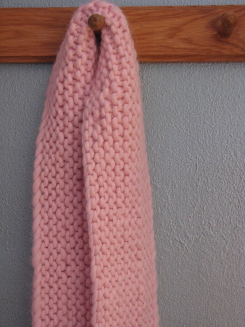 Its So Fluffy! Free Scarf Pattern - Knitcircus